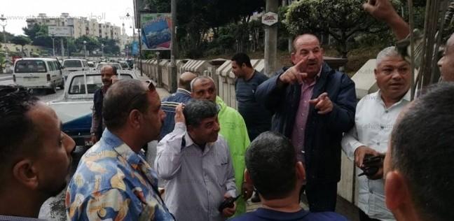 بالصور  رئيس شركة الصرف الصحي يتفقد أعمال التطهير بوسط الإسكندرية