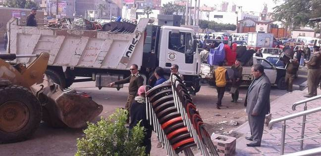 رئيس حي العجوزة يقود حملة توسعة شارع عمر طوسون لبدء أعمال المترو