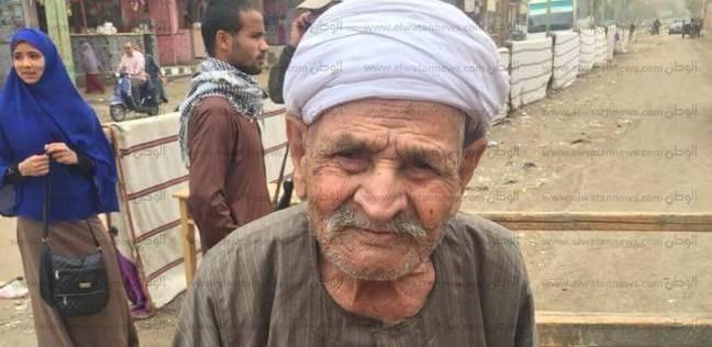 مسن مواليد ثورة 19 يصوت ببني سويف: السيسي بيفكرني بعبدالناصر