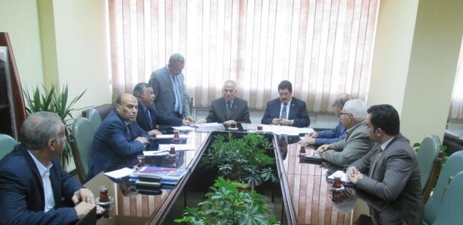 """محافظ القليوبية ووزير الري يبحثان مشروع """"ممشى أهل مصر"""""""