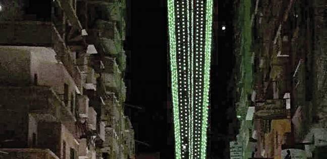 أهالى «باكوس» يستعدون لرمضان بفانوس طوله 24 متراً