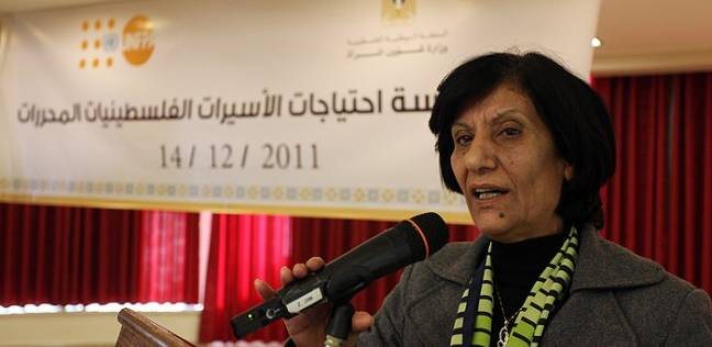 """رحيل المناضلة """"ربيحة ذياب"""" وزيرة شؤون المرأة الفلسطينية السابقة"""