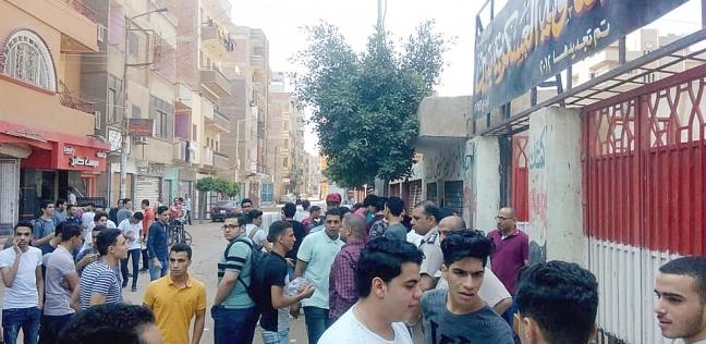 فرحة بين طلاب ثانوية جنوب سيناء بسبب سهولة امتحان الاقتصاد