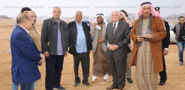 محافظ جنوب سيناء يتفقد مضمار الهجن بشرم الشيخ استعدادا لافتتاحه