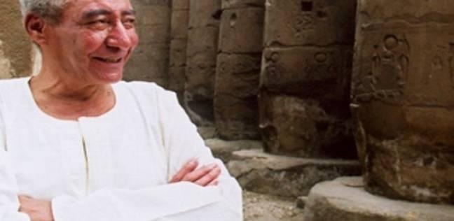 محافظ الإسماعيلية: الاحتفال بذكرى الأبنودي بمنزله في قرية الضبعية