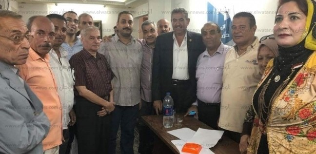 """أمين """"حماة الوطن"""" بالغربية يجتمع بالمكتب التنفيذي لحل مشكلات المواطنين"""