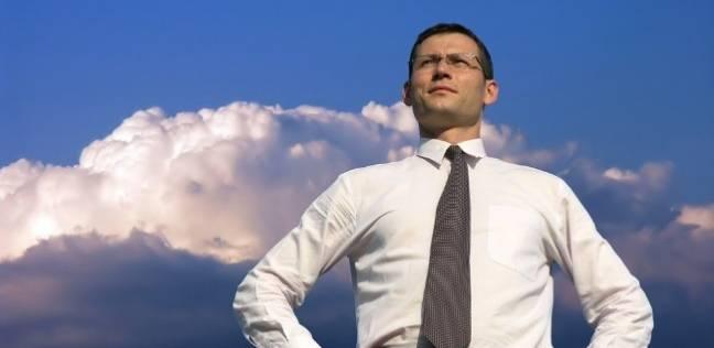 دراسة: الوقوف بظهر مستقيم يزيد الثقة بالنفس
