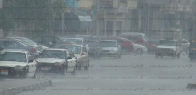 انقطاع الكهرباء في مناطق بالقاهرة بسبب الأمطار.. والوزارة تستعين بمولدات - أي خدمة -