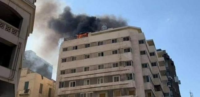 إخماد حريق هائل بفندق في الإسكندرية