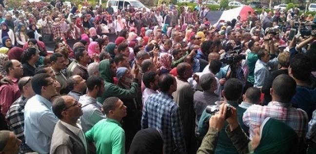 شمال الصعيد.. الناخبون يتحدون «الحر» و«العواصف الترابية» فى آخر أيام التصويت