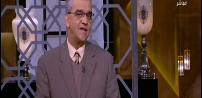 فيديو| أستاذ بطب عين شمس يقدم نصائح لزيادة مناعة الأطفال
