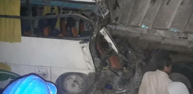 إصابة 3 أشخاص في حادث تصادم على الطريق الزراعي بالبحيرة