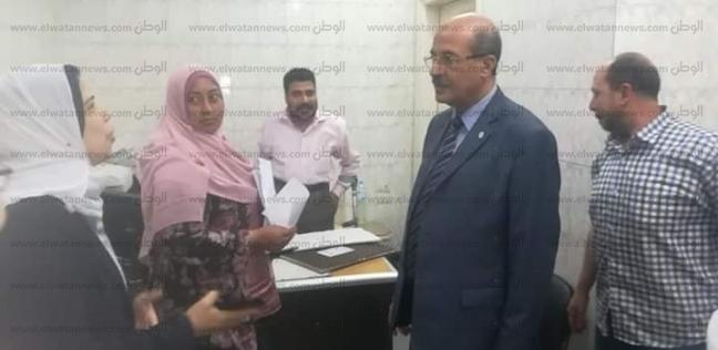 """وكيل """"صحة البحيرة"""" يحيل عاملين بوحدة زاوية غزال في دمنهور للتحقيق"""