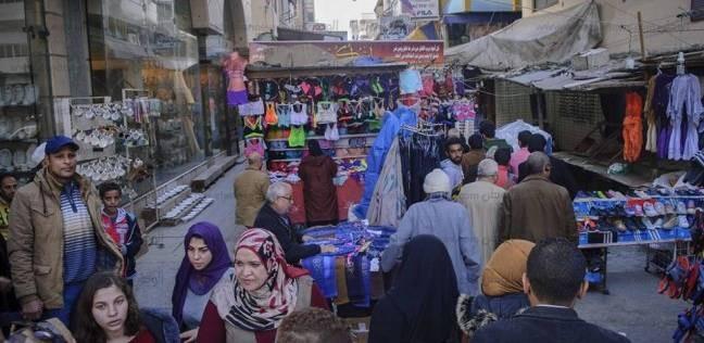 الركود يضرب أسواق المدينة.. والتجار: بنشتغل فى المواسم