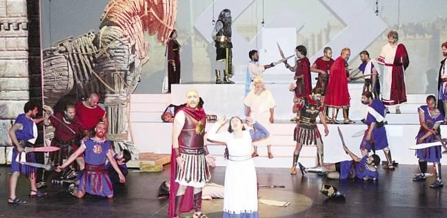 رسالة «بنك مصر» المسرحية: الأوطان تسقط بسبب الجهل