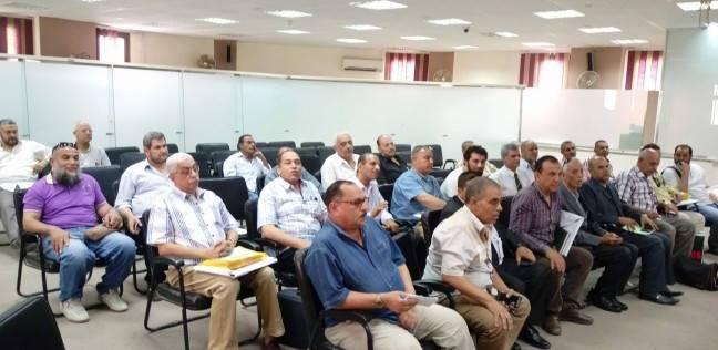 """مدير """"تعليم بورسعيد"""" يجتمع برؤساء لجان امتحانات الثانوية العامة"""