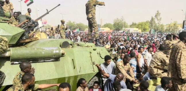 عاجل| قوى الحرية والتغيير تطالب متظاهري السودان للعودة لميدان الاعتصام