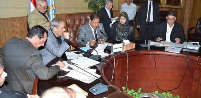 إحالة 5 مسؤولين سابقين بمجلس مدينة المحلة إلى نيابة الأموال العامة بالغربية