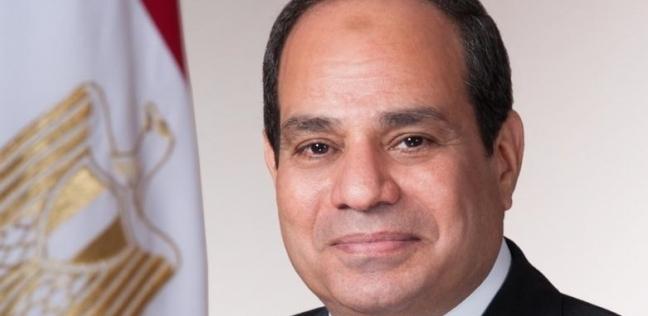 مصر   أخبار ماتفوتكش  السيسي يلتقي قادة القوات المسلحة بعد أداء صلاة الجمعة