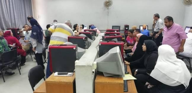 """معامل الحاسب الآلي بـ""""عين شمس"""" تفتح أبوابها أمام طلاب المرحلة الثالثة"""