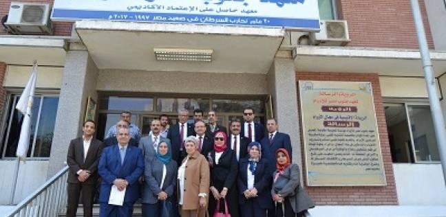 21 جهاز غسيل كلوى وكبسولات عمليات لـ«جامعة أسيوط ومعهد جنوب مصر للأورام»