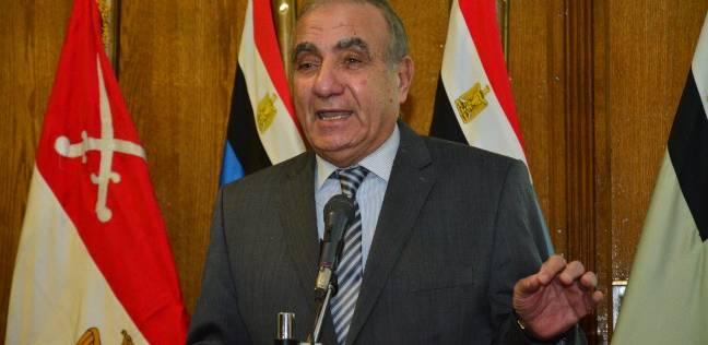 وزير التنمية المحلية يهنئ السيسي بفوزه بولاية رئاسية ثانية