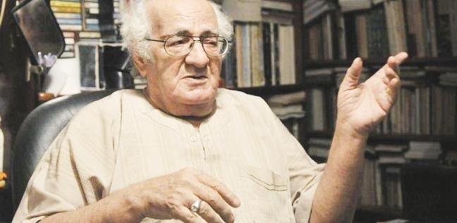 """خيري شلبي..81 عاما على ميلاد الصحفي الأديب محب المقابر وكاتب """"الوتد"""""""