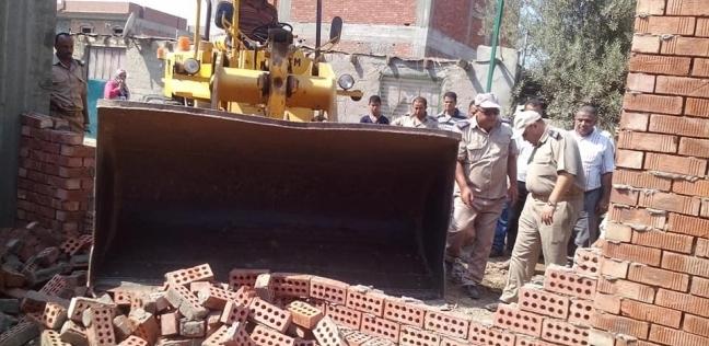 محافظ الدقهلية: رفع 110 أطنان من الأتربة بنطاق حي غرب المنصورة