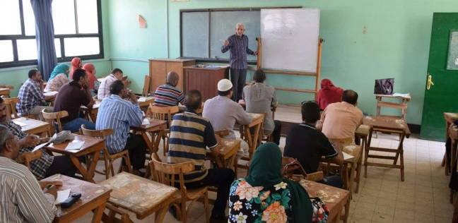تدريب 53 موظفا بجامعة سوهاج على مهارات متقدمة في اللغة العربية