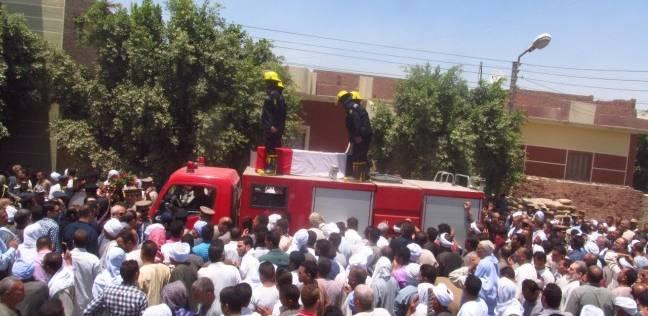 تشييع جثمان مأمور مركز شرطة أبشواي في جنازة عسكرية بالفيوم