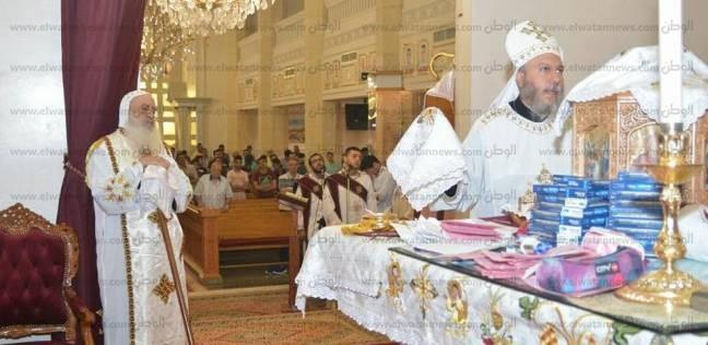 الأنبا بولا يترأس قداس خاص لطلاب الثانوية بإيبارشية طنطا