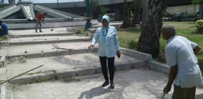 حي وسط بالإسكندرية يستكمل أعمال النظافة والتجميل