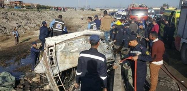 موقع حادث اشعال النيران في اتوبيس علي الطريق الدولي