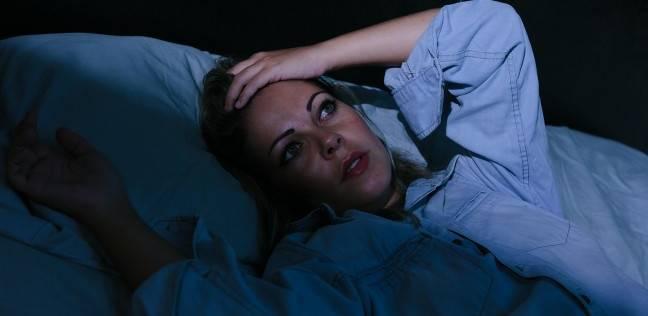 دراسة: لا ينام الإنسان في ليلته الأولى بمكان جديد ويظل نصف عقله متيقظ