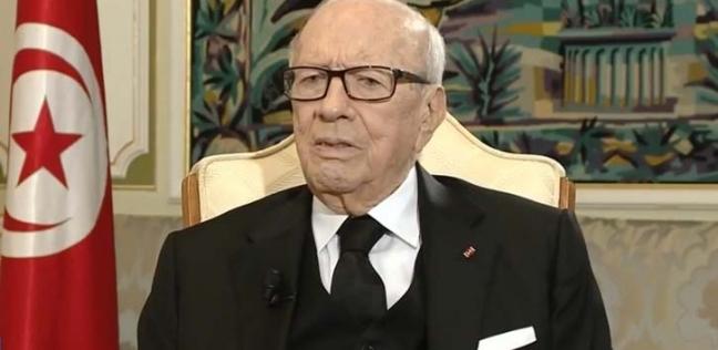 السبسي يقرر تمديد حالة الطوارئ في تونس