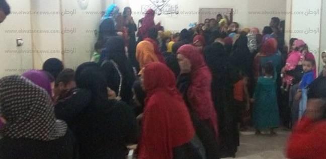"""""""بني هلال"""" في أسوان يحشدون الناخبين قبل غلق باب التصويت"""