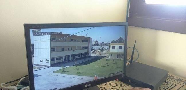 إدارة الخارجة التعليمية تواصل تركيب كاميرات مراقبة بالمدارس