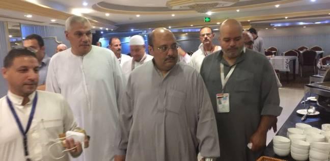 نائب رئيس بعثة الحج يتفقد حجاج الجمعيات الأهلية بمكة