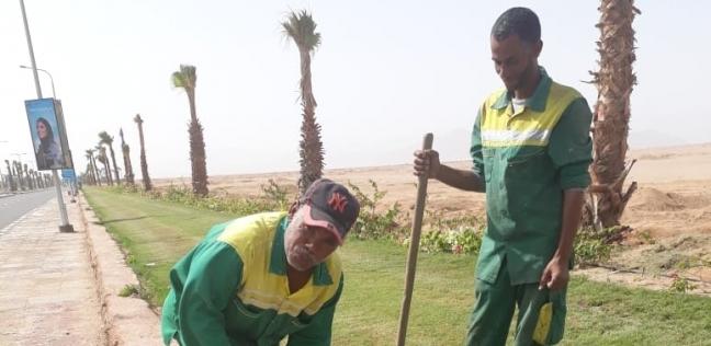 «مهندسون وعمال» يعملون على مدار الساعة لتجميل المدينة