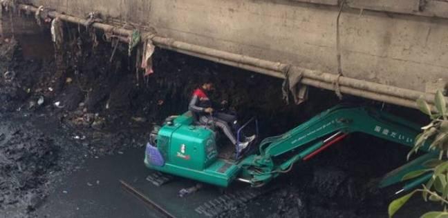 حملة لتطهير الترع وأسفل الكباري بالمجاري المائية في القليوبية