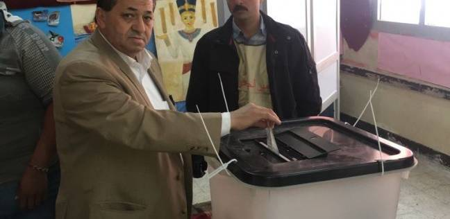 برلماني يدلي بصوته: المشاركة الواسعة بالانتخابات دليل على وعي الشعب