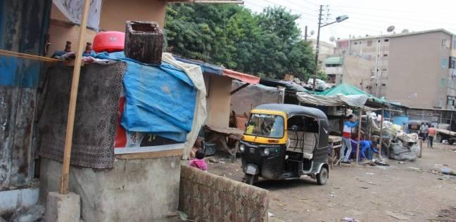 تلال القمامة وأكشاك المخدرات تحاصر «سوق اللبن» بالمحلة.. والقتل والبلطجة «ضيف دائم»