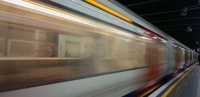 """صينية تقفز أمام قطار بعد خلاف مع زوجها: """"كنت بهزر"""""""