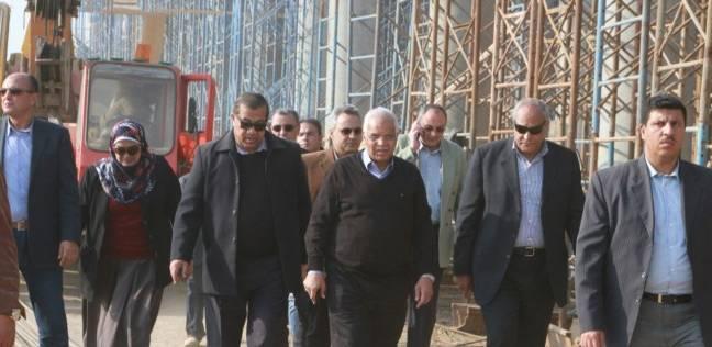 وزير النقل يتابع المشروع القومي للطرق ويتفقد أعمال تنفيذ الطريق الدائري الإقليمي
