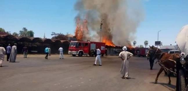 8 سيارات إطفاء تسيطر على حريق مخزن قطن وغزل في ميت غمر بالدقهلية