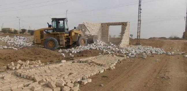 ازالة 15 حالة تعد على الأراضي الزراعية ببني سويف