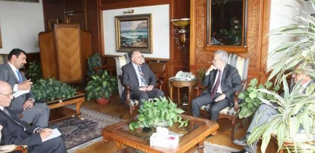 بالصور| وزير الري يلتقي سفير إسبانيا في القاهرة
