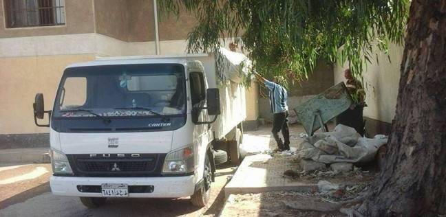 «ضواحي بورسعيد» يستكمل أعمال النظافة في محيط مدارس الحي
