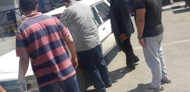 """""""الهجرة"""": وصول جثمان المصري """"ضحية الوافد الآسيوي"""" في الكويت"""
