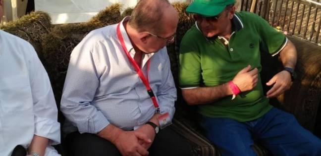 رئيس بعثة الحج يتفقد مخيمات حجاج القرعة على عرفات